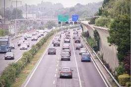 Leitsysteme sorgen für flüssigen Pendlerverkehr