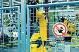 Safety bedingt Security