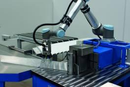 Vollautomatische Biegeprozesse mit Roboterunterstützung
