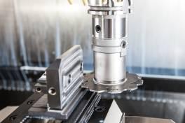 Prozesssicheres Trennen und Schlitzen ab 1,2 mm Breite