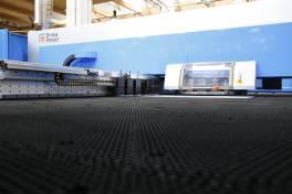 Stanz-Laserbearbeitung der Spitzenklasse