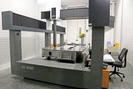 µ-genaue Vermessung großer Teile