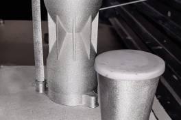 Metall-3D-Druck in Teamarbeit