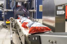 Verpackungsmaschine für Snacks smart gerüstet