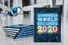 Festo ist mit größtem fliegenden Roboterinsekt  im Guinness-Buch der Rekorde 2020