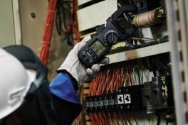 Hochstromzange CM94 für Energieversorgungsanlagen und industrielle Stromanschlüsse