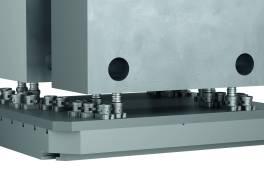 5-Achs-Spannsystem für 40-Tonnen-Werkstücke