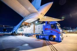 Transportflugzeug macht's möglich