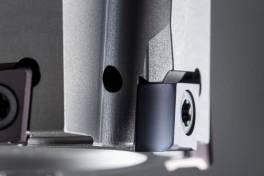 Frässystem 406 mit Wiper-Geometrie bietet höchste Oberflächengüten