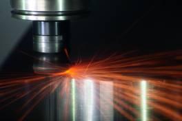 Keramische Schneidstoffe für Nickelbasislegierungen