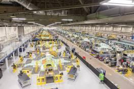 Fastems liefert Laser-Reinigungsroboter für Tragflächen-Montagelinie des F-35 Lightning II
