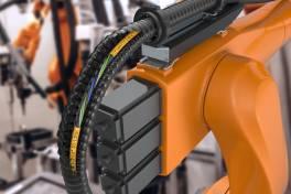 Neue chainflex IO-Link-Leitungen