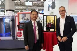 Traub & Mitsubishi Electric – 40 Jahre technologische Partnerschaft
