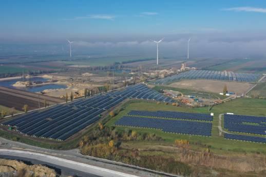 Elektrische Verbindungstechnik für Photovoltaik-Anlage