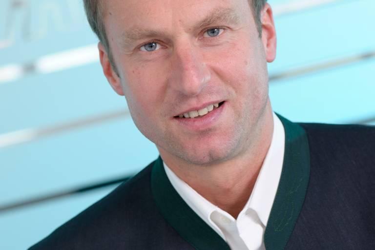 NACHGEFRAGT Stefan Hampel, Geschäftsführer der Hage Sondermaschinenbau GmbH & Co. KG