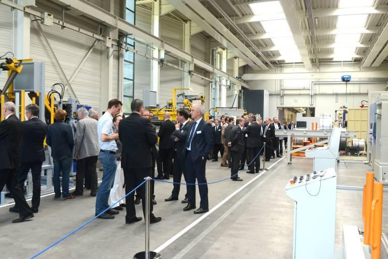 Die neue Montagehalle der ARKU Maschinenbau GmbH in Baden-Baden.
