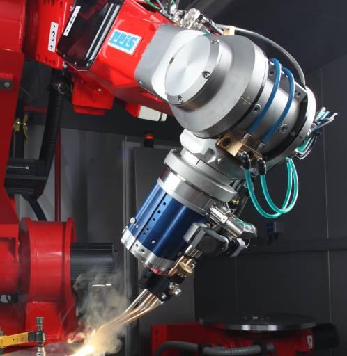 Laserschweißen mit Roboter RV60-26-FT von Reis Robotics.