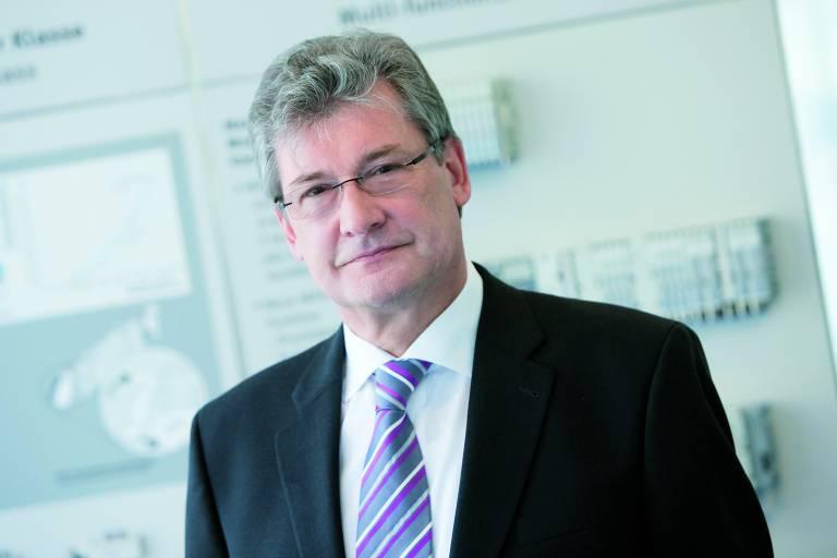 Ing. Wolfgang Keiner, der Festo Österreich über ein Jahrzehnt erfolgreich geführt hat, trat Anfang 2014 in den Ruhestand.