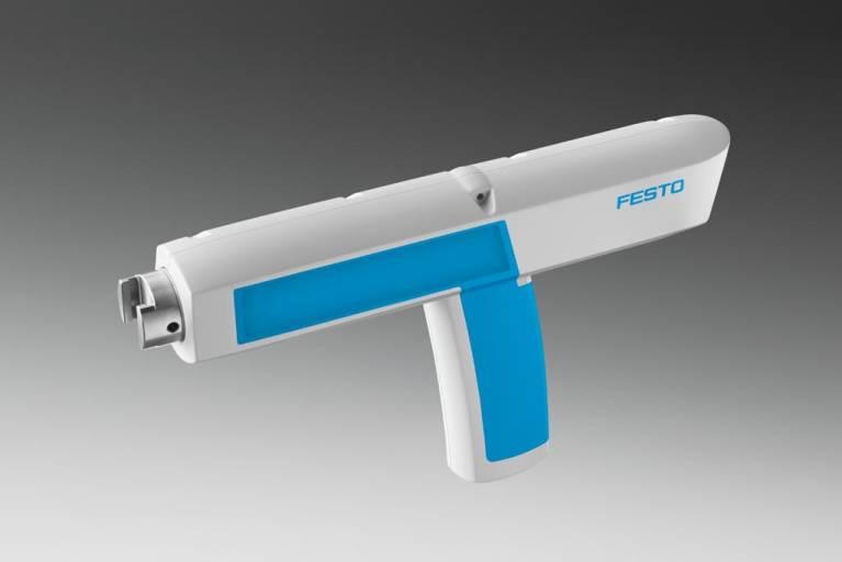 Der AGTC Clipsetzer von Festo, ein pneumatisches Werkzeug für die Industriemontage, gewinnt den Red Dot Design Award 2014.