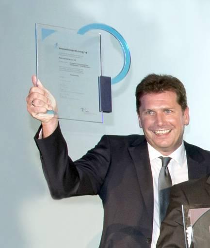 Verleihung des Innovationspreises 2013/2014: Für RAFI nahm Eric Bulach, Teamleiter Produktmanagement, die Auszeichnung entgegen