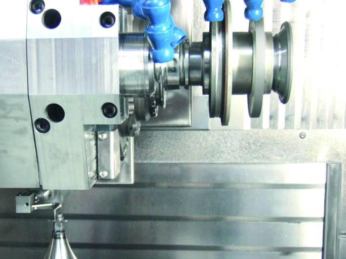 m&h Produktionstaster 41.00-PP auf einer Horn-eigenen Schleifmaschine.