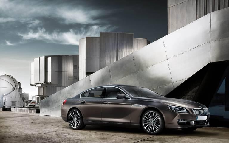 Der Werkzeugbau der BMW Group ist eng verzahnt mit der Entwicklung. Aufgaben sind die Realisierung, Fertigung und Einarbeitung komplexer Werkzeugsätze zur Herstellung von Karosseriebauteilen. Foto: BMW AG