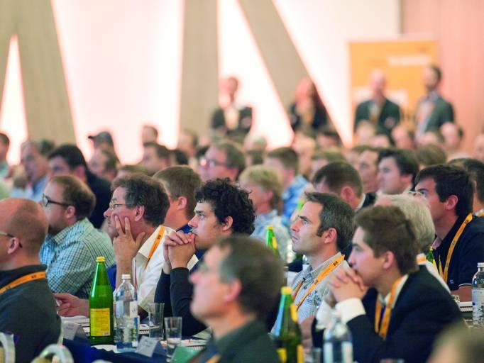 Rund 280 Teilnehmer aus dem Maschinen- und Anlagenbau ließen sich über die neuesten Entwicklungen in der Automatisierungstechnik beim B&R User Meeting informieren.
