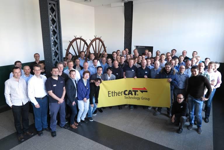 70 Teilnehmer nahmen am 2015 Spring European EtherCAT Plug Fest der ETG in Hamburg teil.