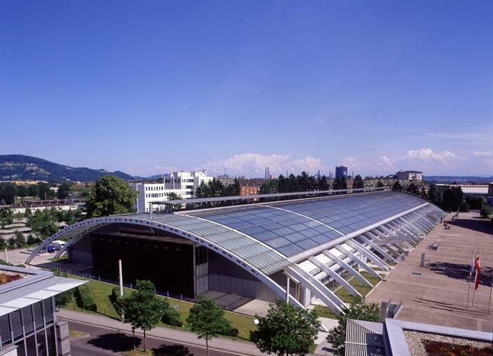 """Die Industriefachmesse """"SCHWEISSEN"""" – mit dem neuen Untertitel """"Fachmesse für Fügen, Trennen, Beschichten, Prüfen und Schützen"""" – wird 2015 erstmals im Design Center Linz stattfinden."""