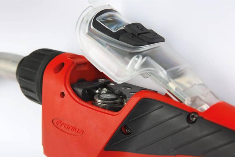 Der neue Fronius PullMig-Brenner zeichnet sich durch hohe Benutzerfreundlichkeit, Präzision und Kühlleistung aus.