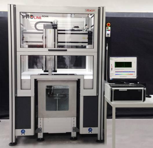 PROlineSCAN 6-Achsen-Scanner Ultraschallprüfsystem mit PROlinePLUS Prüf-und Auswertesoftware.