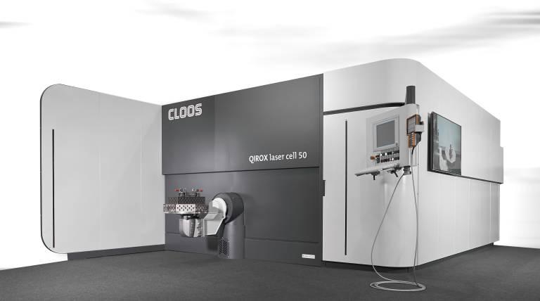 Roboter- und Schweißtechnologie aus einer Hand: Mit QIROX Laser Cell präsentiert Cloos eine neue Produktlinie an Kompaktzellen zum automatisierten Laserschneiden und -schweißen.