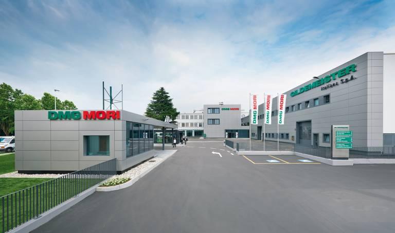 Bei Gildemeister Italiana S.p.A. werden in der 1.200 m² großen Montagehalle und dem 1.000 m² großen Technologiezentrum kundenspezifische Lösungen und innovative Hightech-Maschinen entwickelt und präsentiert.