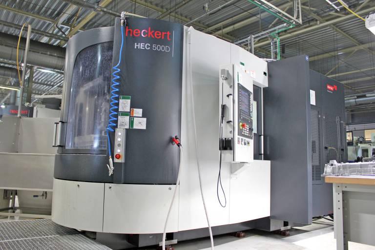 Jüngstes Bearbeitungszentren bei Brabant Alucast in Oss: Die (zweifach vorhandene) HEC 500 D erzielt im Vergleich zu anderen Maschinen deutlich kürzere Stückzeiten. Dafür sorgen u. a. die hohen Eilgänge in den Linearachsen, sowie die Motorspindel, die in einer Sekunde von Null auf 20.000 U/min beschleunigen kann.