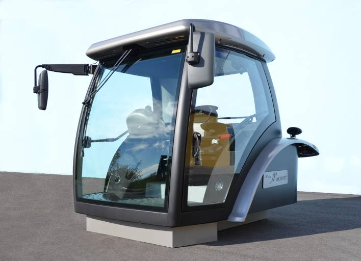 Das Projekt CAB 2020 hatte zum Ziel, eine Fahrerkabine zu kreieren, die keine Wünsche offen lässt. Alles was man sich an Funktion und Komfort denken kann, ist in dieser Kabine vereint. Eben zeigen, was machbar ist.