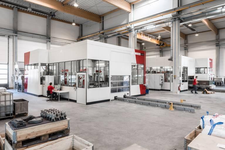 Die VX4000, das größte industrielle 3D-Drucksystem für Sandformen, nimmt den Betrieb in den USA auf.