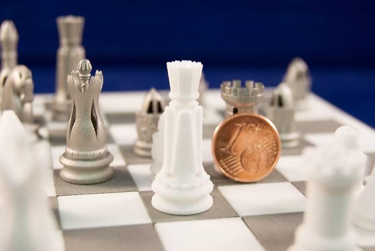 Additiv gefertigte Schachfiguren – Universität Duisburg-Essen, Lehrstuhl Fertigungstechnik.