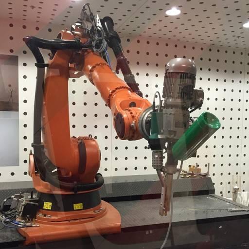 Industrie-Extruder ROBOT – Werkzeug für Robotersysteme im 3D-Druck und in der Fügetechnik.