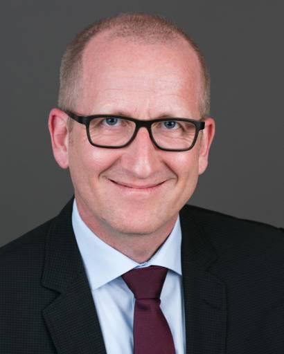 Dr. Andreas Mayr