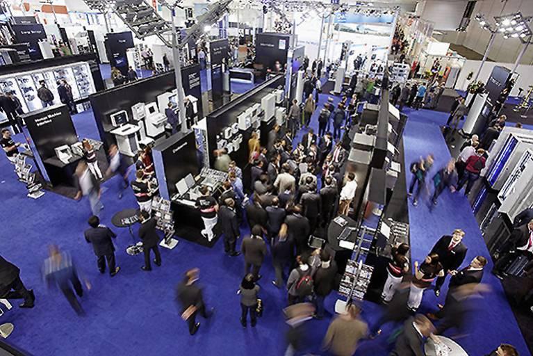 """Unter dem Motto """"Unsere Kompetenz. Ihr Nutzen."""" erleben Besucher bei Rittal auf der Hannover Messe 2016 smarte Produkte für die vernetzte Industrie, Lösungen zur Beschleunigung von Wertschöpfungsprozessen sowie Services mit deutlichem Mehrwert"""