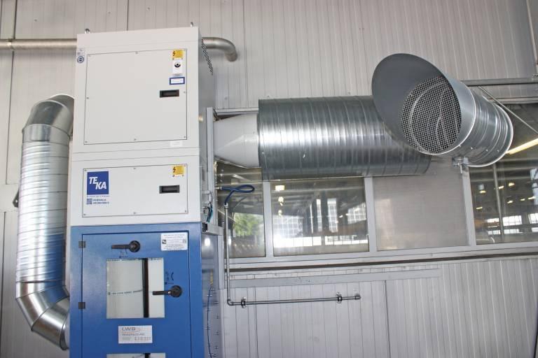 Auch zur Außenaufstellung ist die Absaug- und Filteranlage FILTERCUBE geeignet.