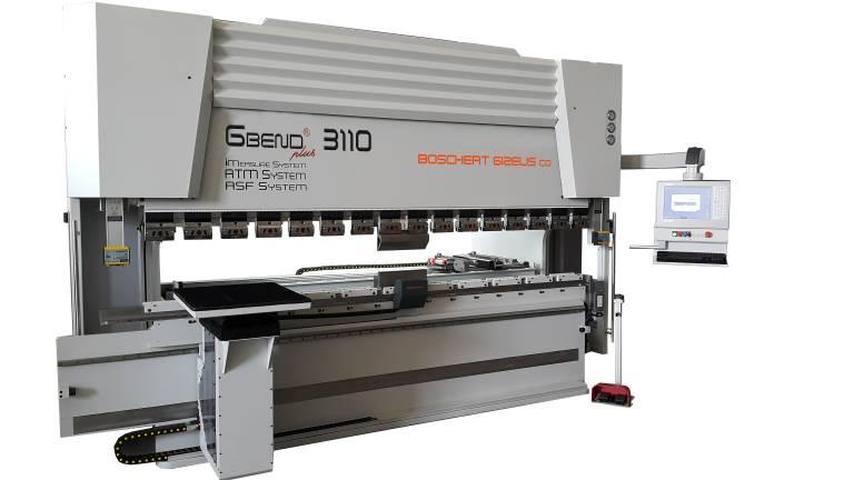 Das innovative Maschinenkonzept der G-Bend Plus mit lichter Ständerweite 3.050 mm gestattet Biegelängen bis 3.300 mm und stellt eine Kosten reduzierende Alternative zur nächst größeren Baureihe dar.