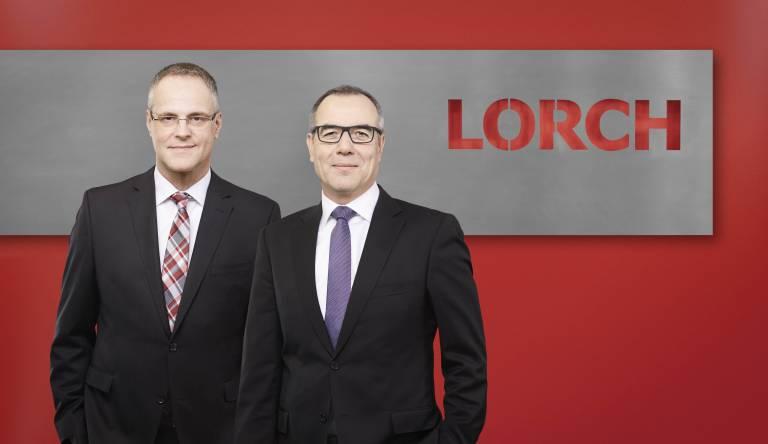 Bilden gemeinsam die Geschäftsführung: Wolfgang Grüb, Inhaber der Lorch Schweißtechnik GmbH (rechts) und Ronald Weber, verantwortlich für Vertrieb und Marketing.