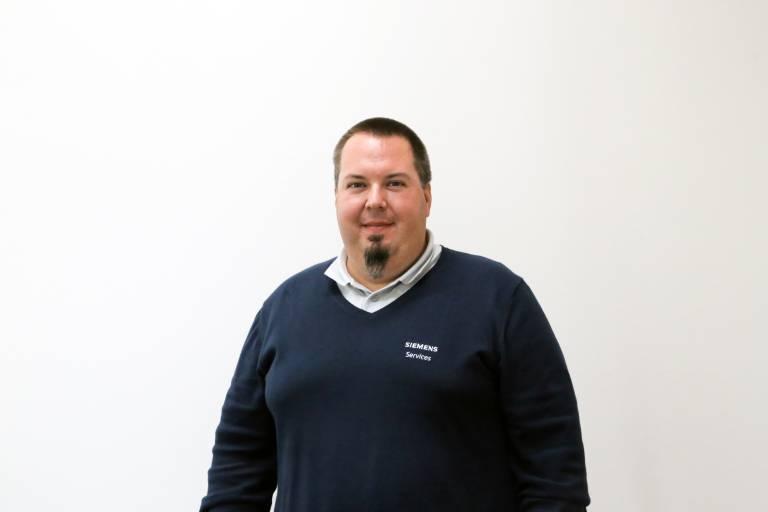 Dipl.-Ing. (FH) Martin Hajek, Siemens Service-Experte für Maschinenvernetzung, -integration und DNC.