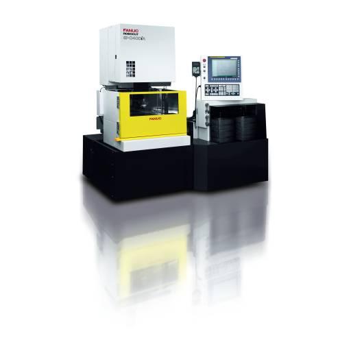 Die renommierte Fanuc Robocut α-iA-Serie erledigt hochpräzise Schneidaufgaben mit hoher Geschwindigkeit.