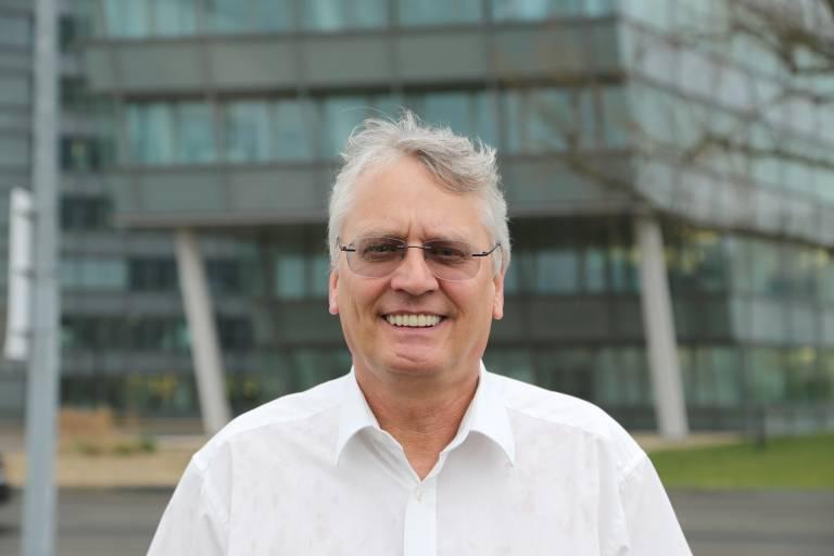 Helmut Stralz, Siemens Service-Experte für Engineering Sonderanlagen.