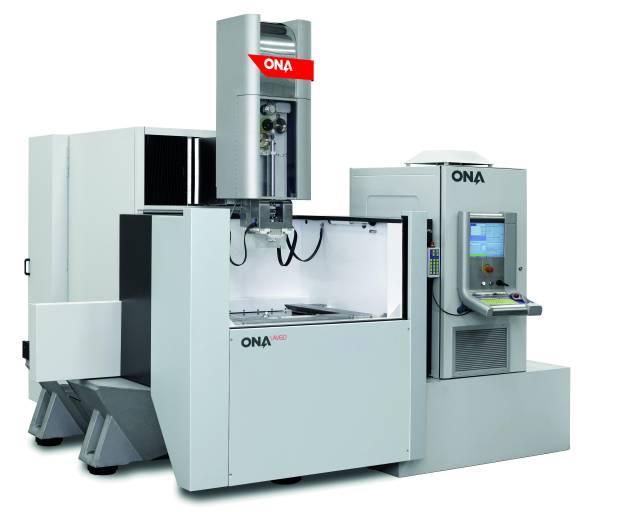 Die neue Generation der ONA AV Drahterodiermaschinen mit großen Abmessungen besitzt ein modulares und vielfältiges Design, welches jedem Kunden die Möglichkeit bietet, seine eigene Maschine mit größtmöglicher Flexibilität zu konfigurieren.