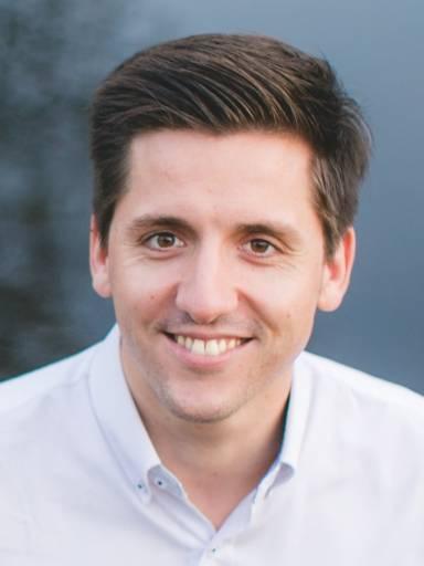 Christian Pruckner setzt sein Know-how künftig als neuer Vertriebsleiter für Schaltanlagenbau, Installateure und Gebäudesystemtechnik bei Schneider Electric ein.