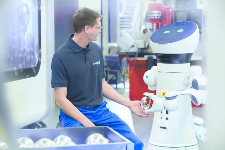 Mensch-Roboter-Kollaboration: Teamwork in der Produktionsautomatisierung und Thema bei den zweiten Robotertechnologietagen bei Schunk.