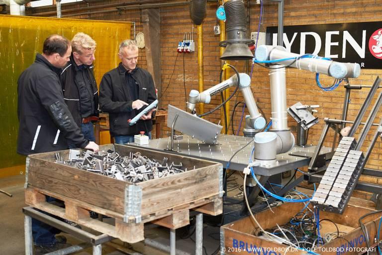 Das dänische Unternehmen Jyden Bur produziert eine Vielzahl von Produkten wie etwa Verbindungsteile für Vorrichtungen mit dem CoWelder™.